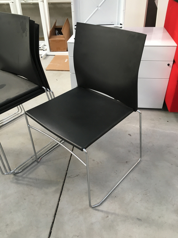 Black Connection Xpresso.one stacking meeting chairs
