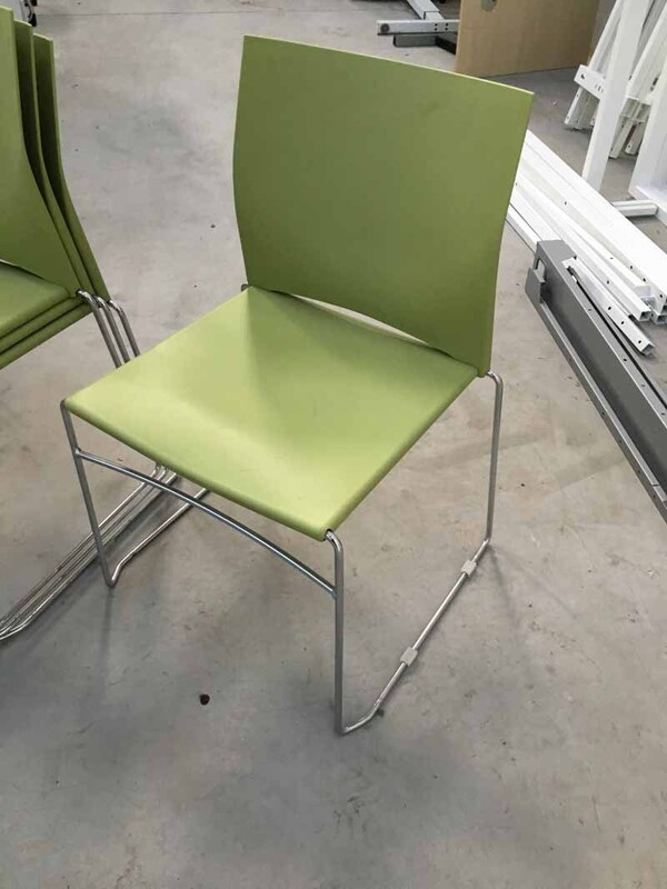 Light green Connection Xpresso.one stacking meeting chairs