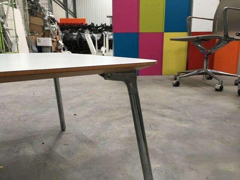 Orangebox white 1100x550mm coffee table