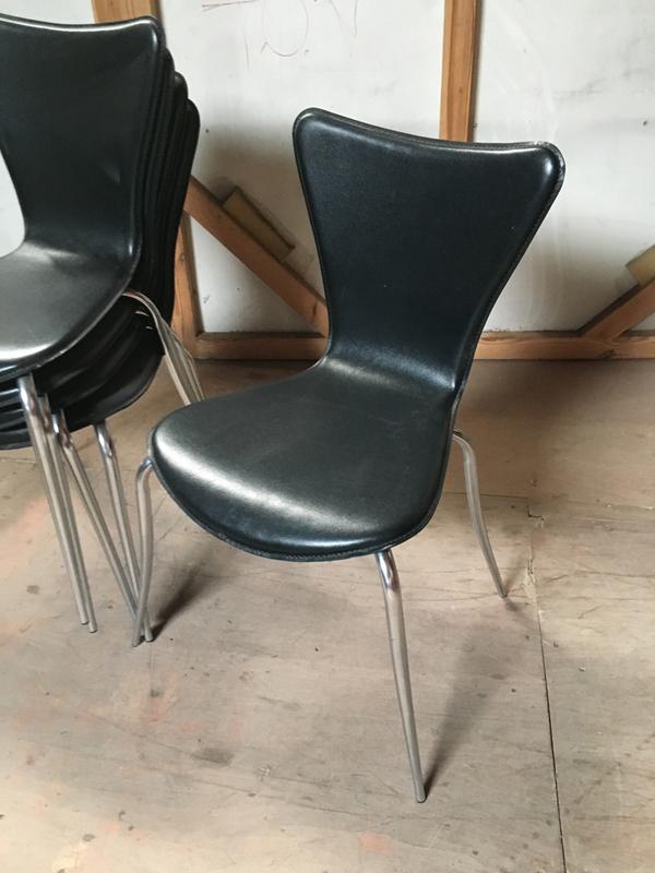 Black vinyl stacking shell chair