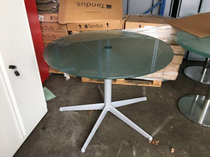 1000mm diameter frosted glass table