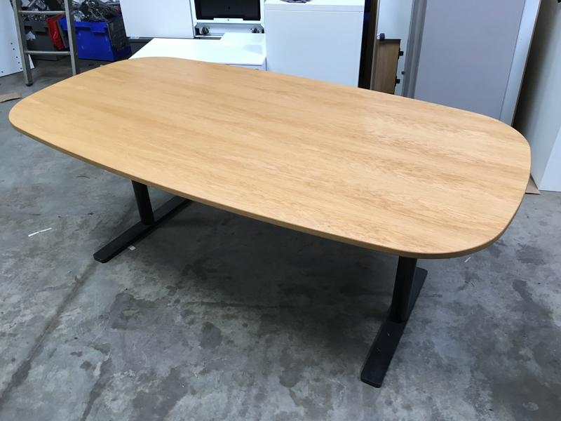Oak veneer 1750x900mm table