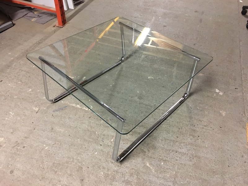 800mm square clear glass coffee table