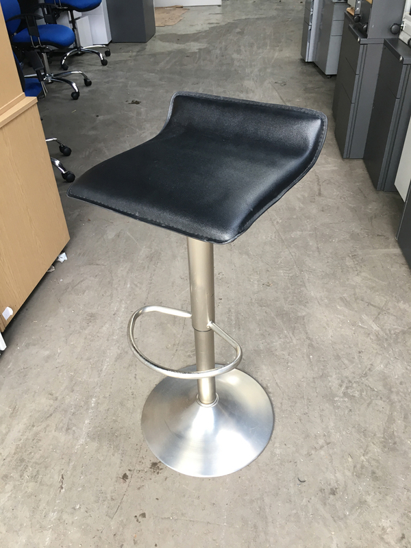 Black vinyl height adjustable stools