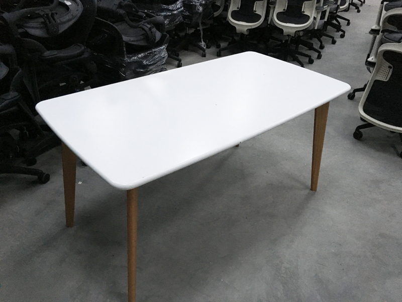 1600x800mm white tables