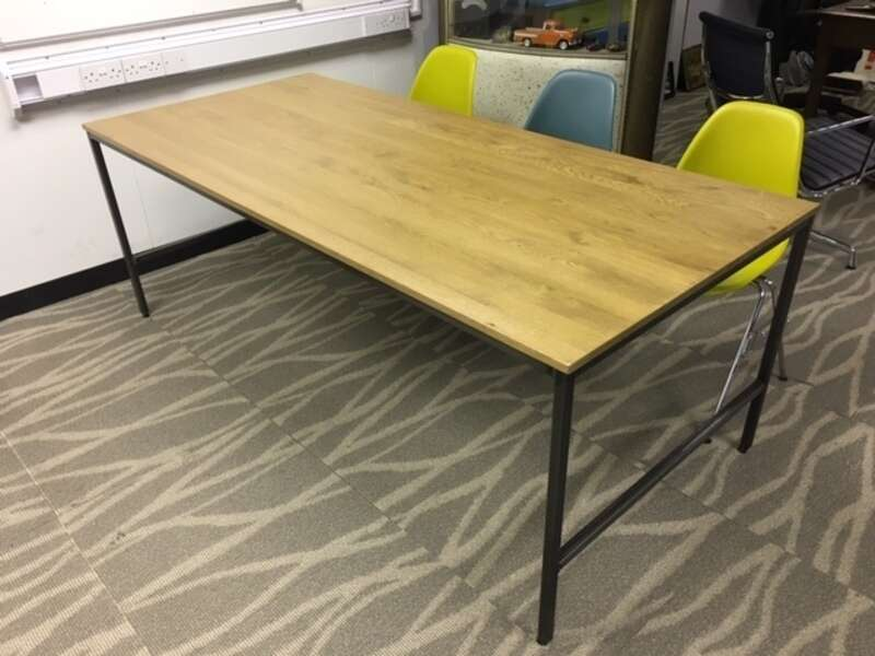 Oak 2000x900mm meeting table