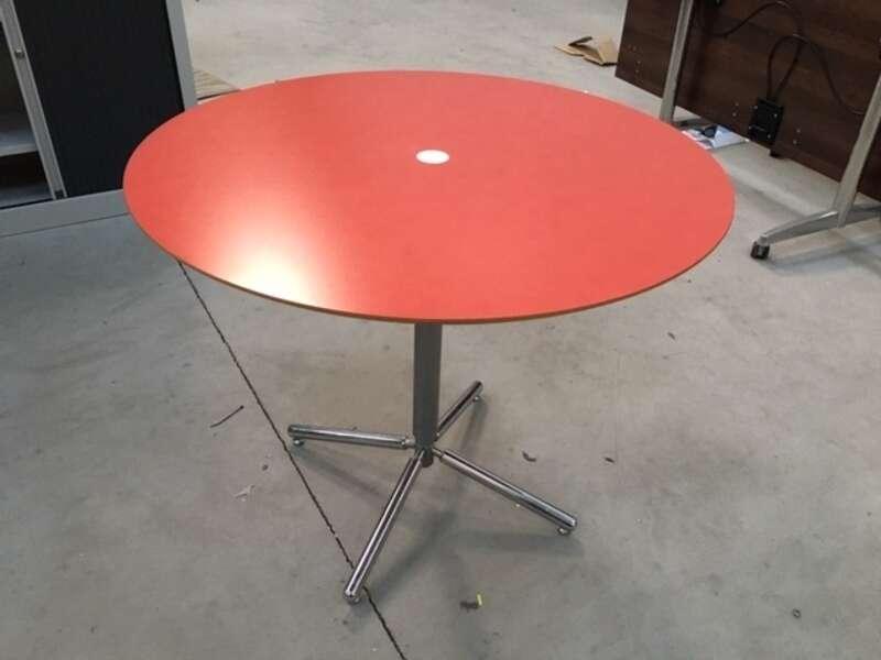 900mm diameter red Allermuir table