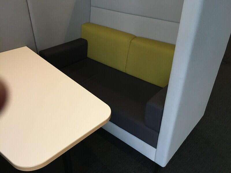 Grey 4 person Torasen Elegance meeting pod