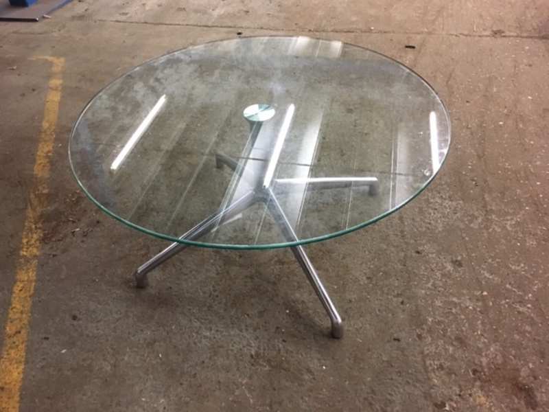 800mm clear glass Boss Design Kruze coffee table