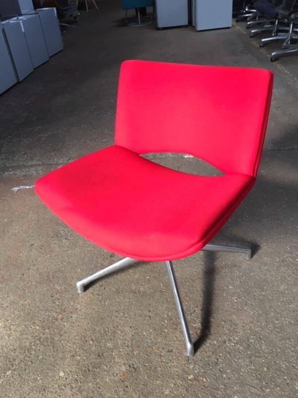Red Boss Design Jolly breakout chair