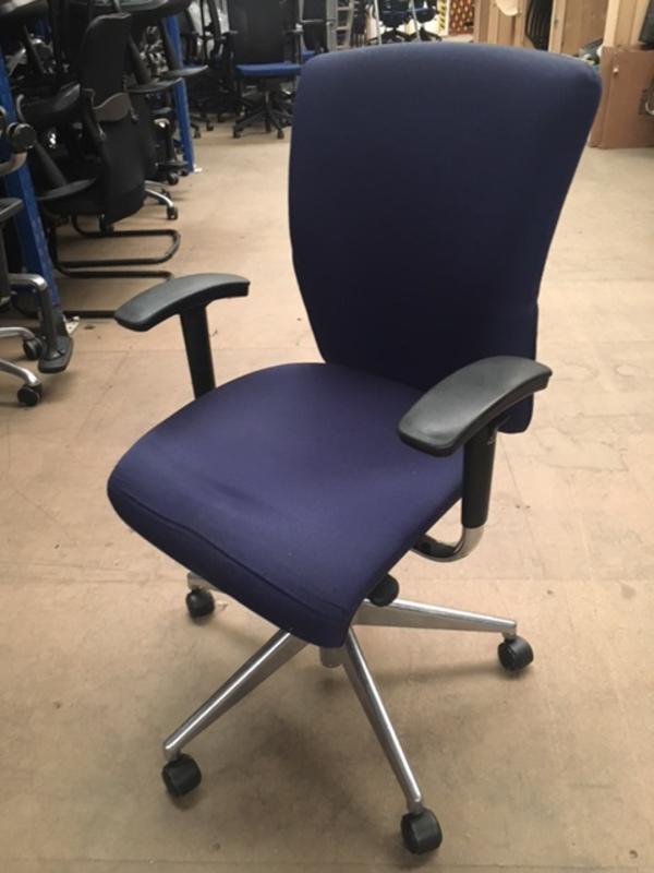 Dark blue Orangebox GO chrome chairs