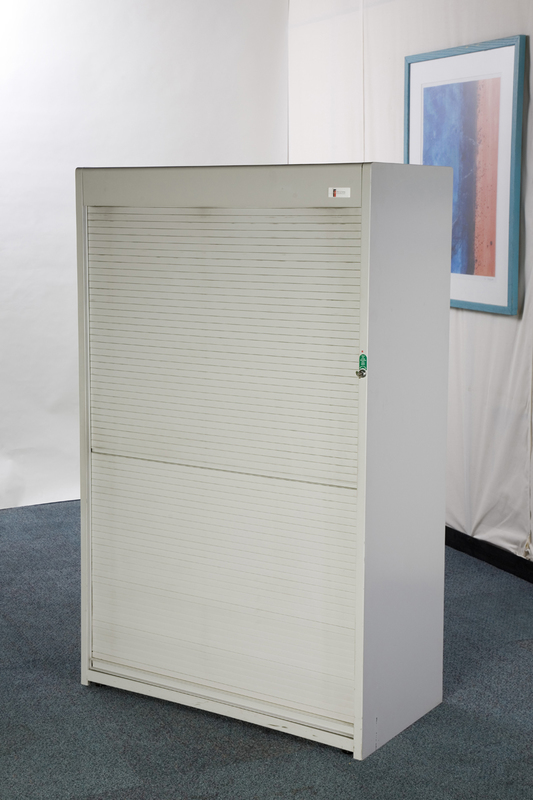 Flexiform cupboard