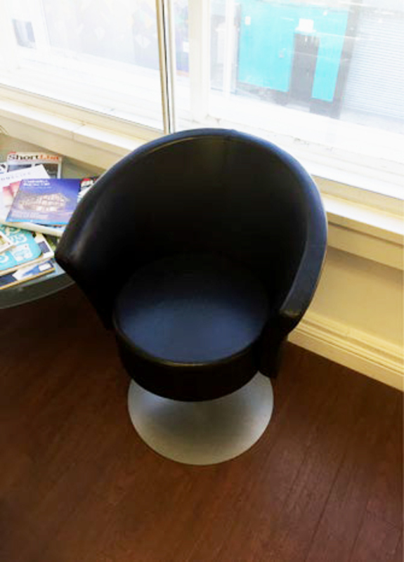 Stupendous Black Leather Swivel Tub Chairs Squirreltailoven Fun Painted Chair Ideas Images Squirreltailovenorg