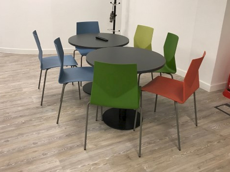 OECC FourSure 44 plastic stacking chairs