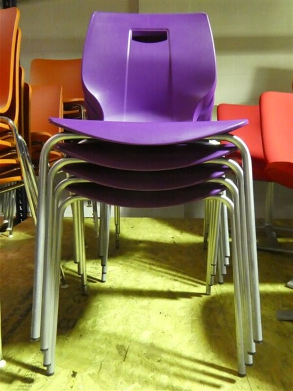 Geo stacking chair