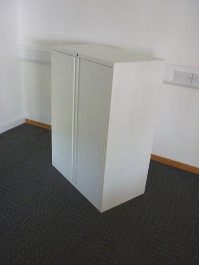 KI 1125mm high white double door cupboard