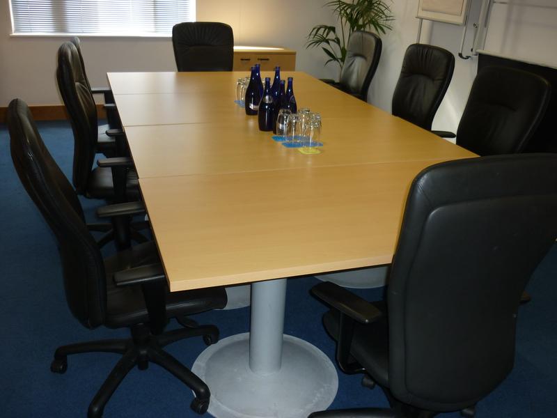 1600 x 800mm Steelcase beech meeting table