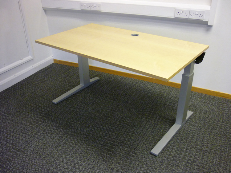 1400mm Bene maple wood height adjustable desks CE