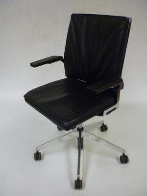 Black leather Dynamobel DIS task chair (CE)