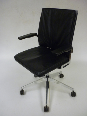Black leather Dynamobel DIS task chair