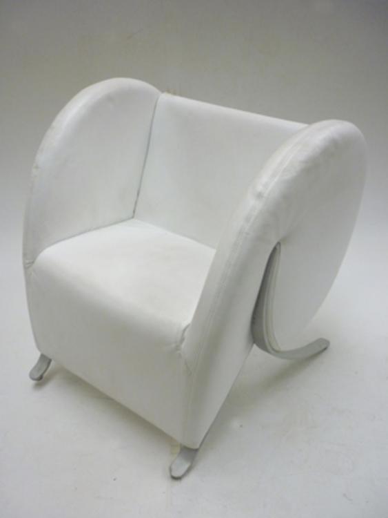 Virgola by Arflex in white leather (CE)