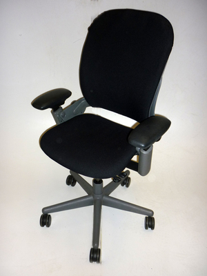Steelcase Leap black task chair