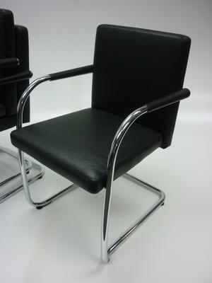 Visasoft black leather meeting chair