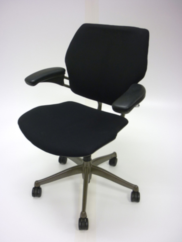 Humanscale Classic Freedom chair   (CE)