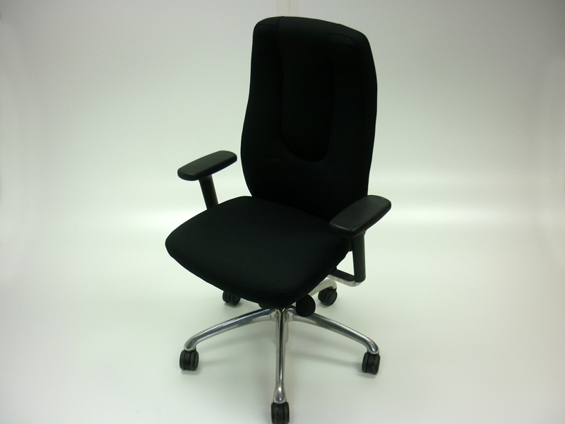 Recovered black Boss NEO task chair
