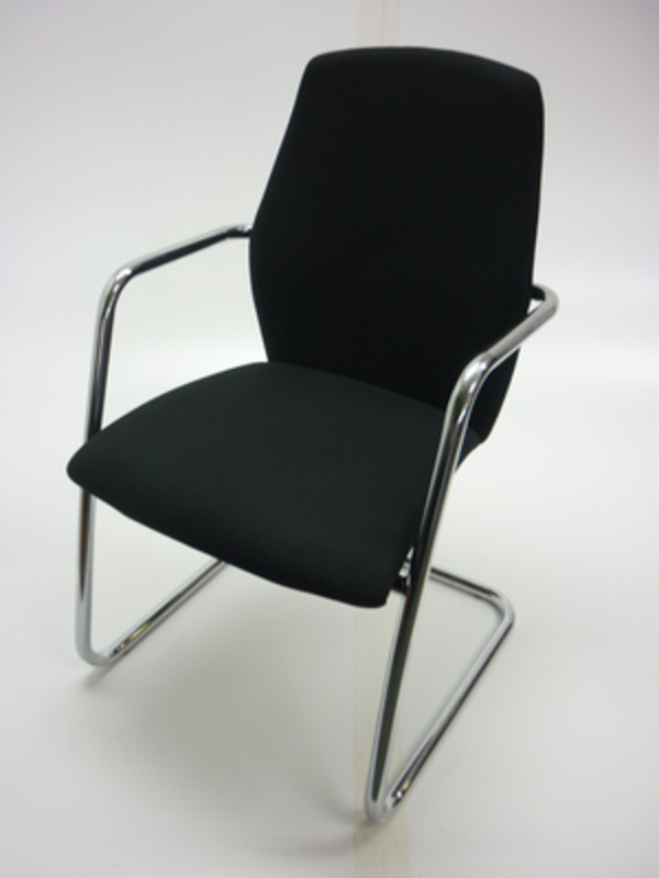 Sitland cantilever frame meeting chair