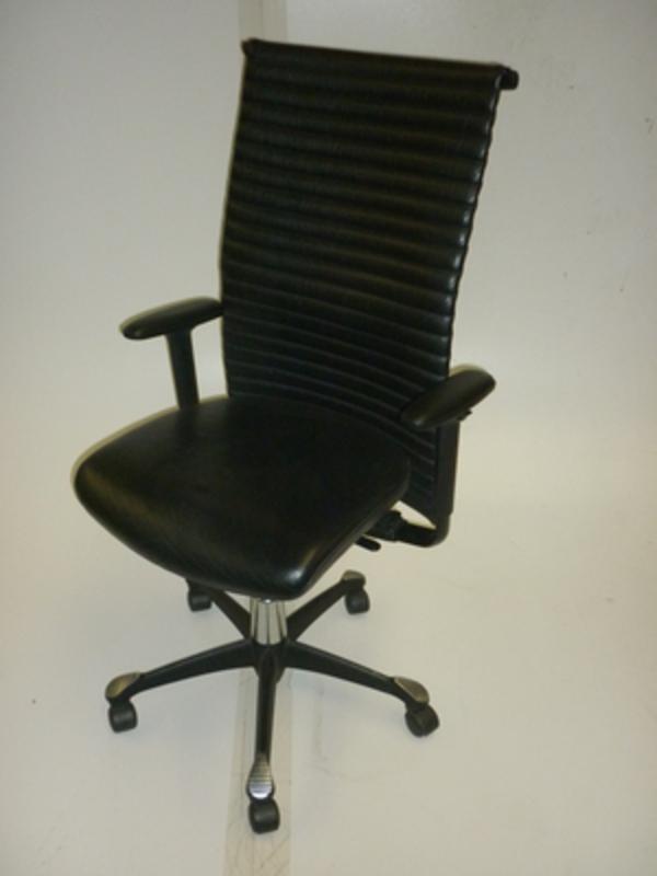 HAG H09 black Antigo leather meeting chairs