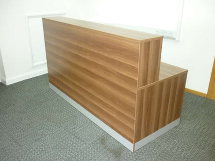 Walnut 2000x800mm reception desk