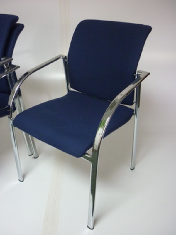 Stackable meeting chairs CE