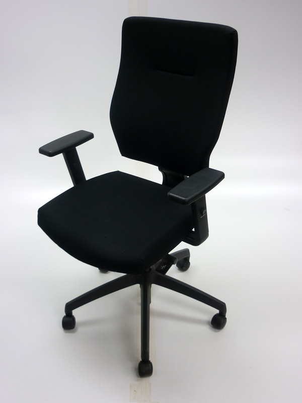 Black Connection Is task chair with adjustable arms CE