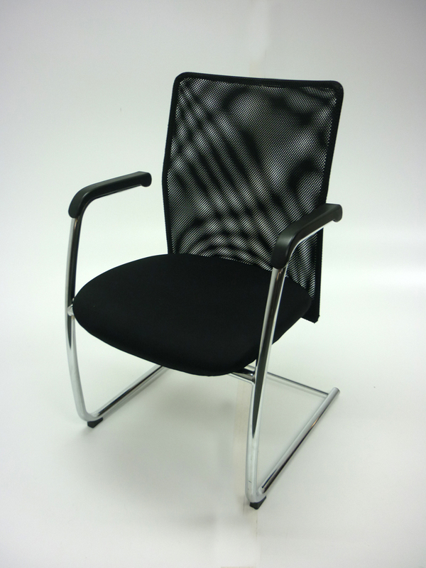Black mesh back cantilever meeting chairs