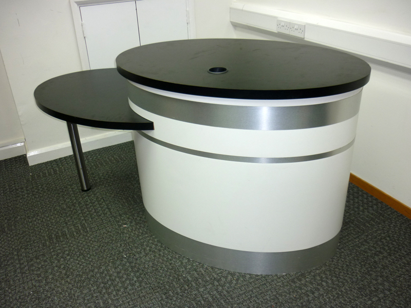 Whiteblack unmanned reception desk