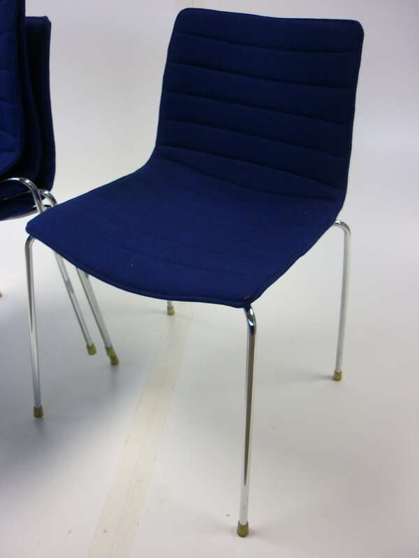Arper Catifa 53 blue stacking meeting chair