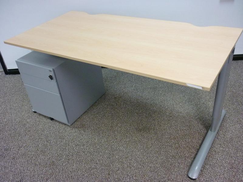 Task maple MFC 1600x800mm desks