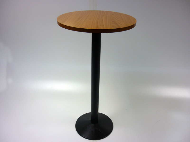 Cherry poseur table
