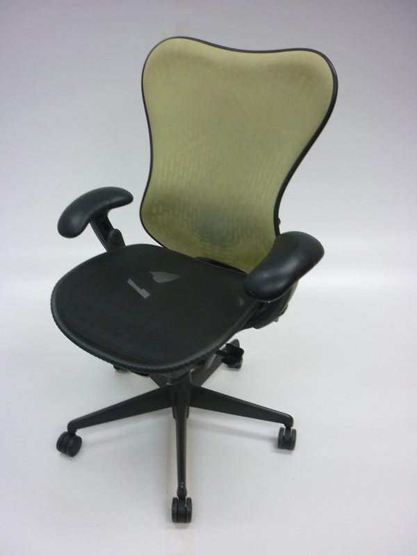 Herman Miller Graphite/lime Mirra task chair CE