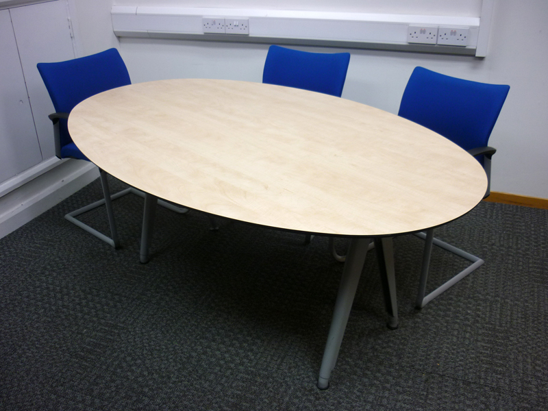 1800x1100mm Techo maple oval table (CE)