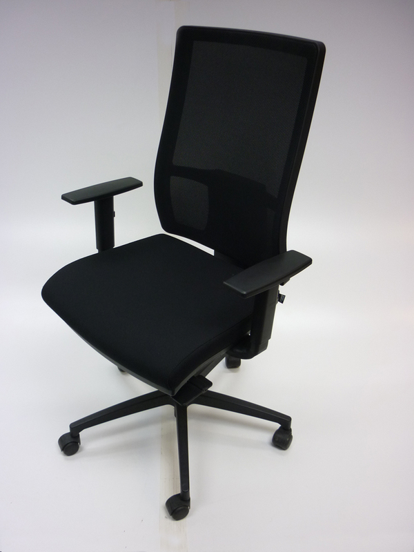 Sitland black fabric, mesh back task chair CE