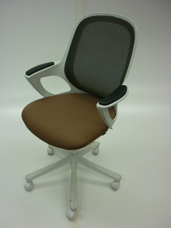 Verco Salt amp Pepper light brown task chair