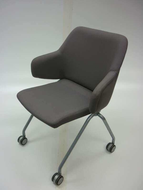 Boss Design Skoot nesting chair