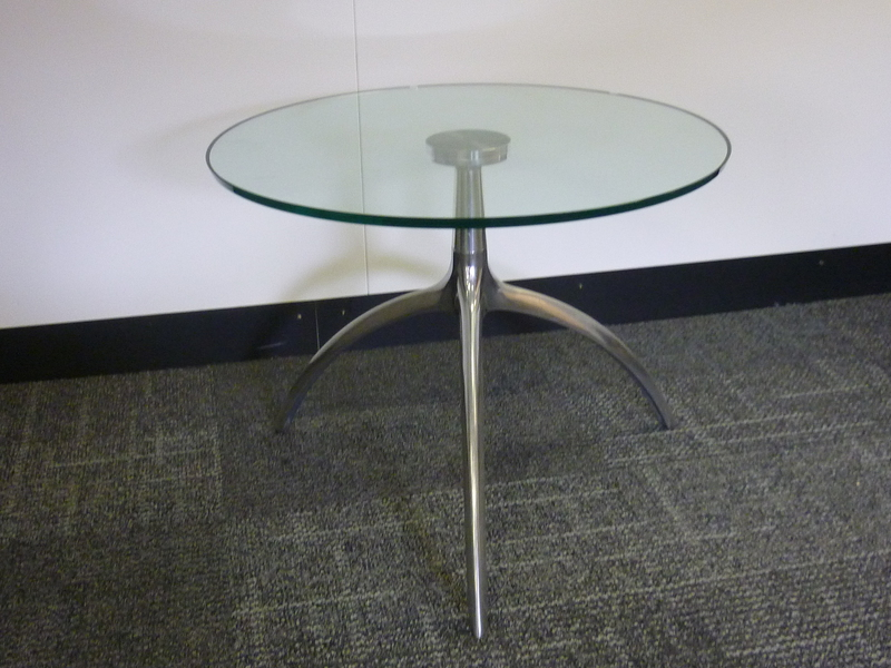 600mm diameter coffee table CE