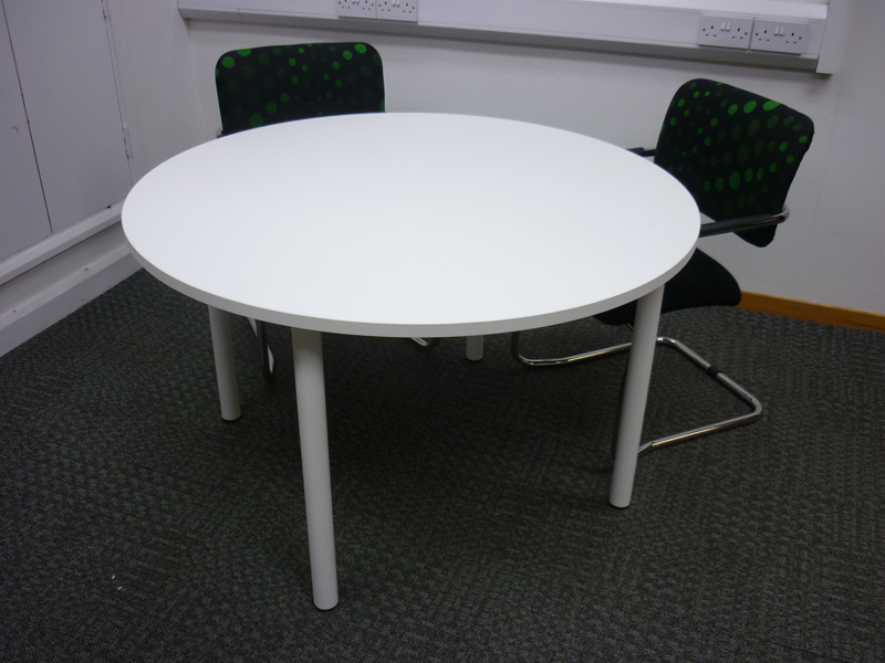 1200mm white circular meeting table