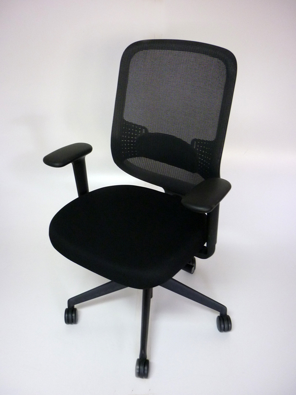 Black Orangebox DO mesh back task chair CE
