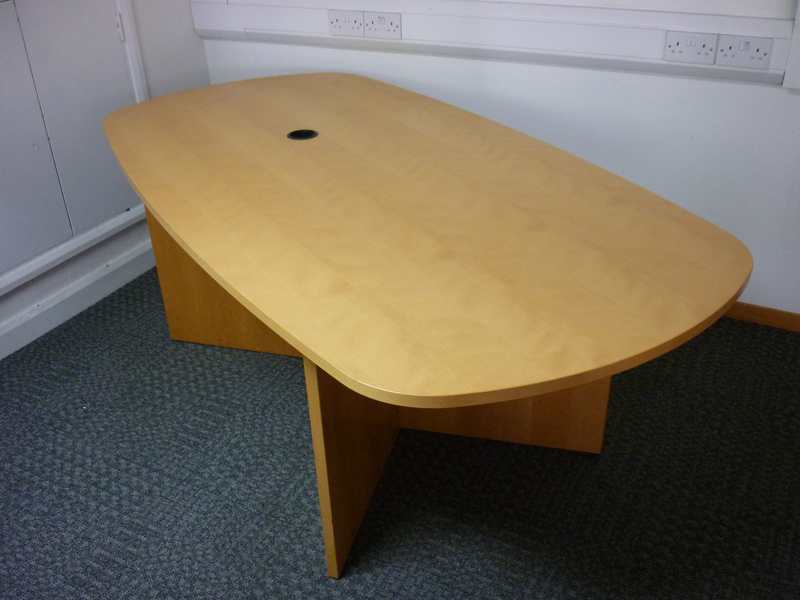 2050mm x 1050950mm Dencon beech veneer oval table