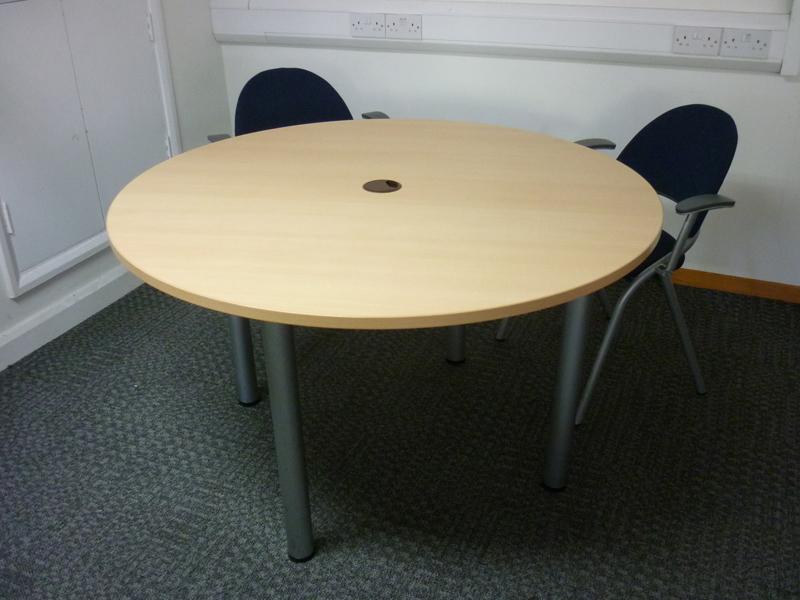 1200mm diameter beech meeting table