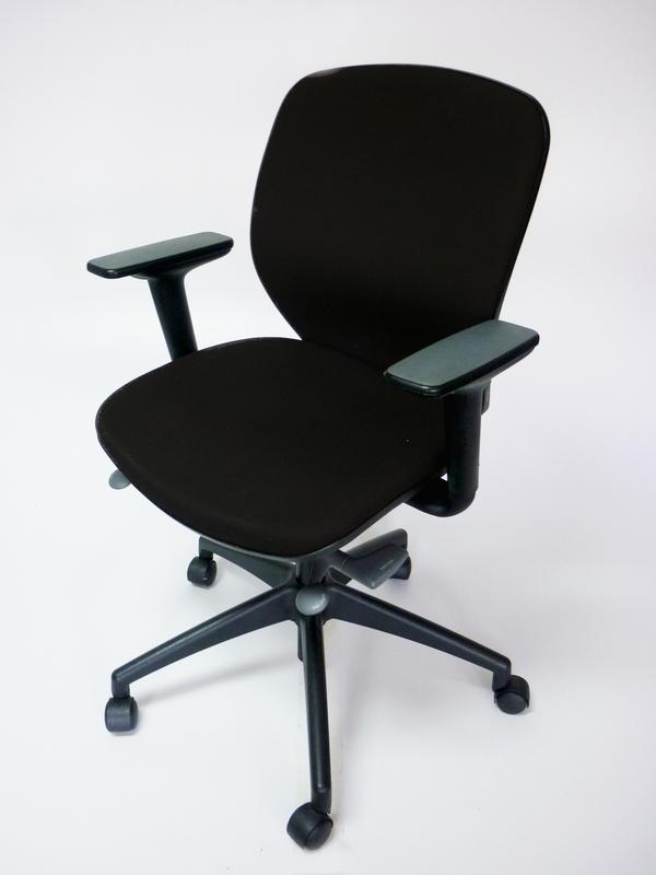 Black Orangebox Joy chair